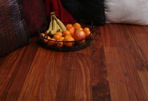 Giá sàn nhựa vân gỗ, vân thảm tại Hà Nội