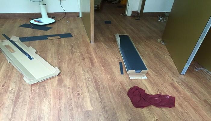 sàn nhựa giả gỗ spv vân gỗ, thanh lý sàn nhựa hèm khóa, báo giá sanfn nhựa giả gỗ hà nội,