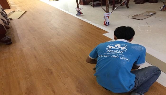 báo giá sàn nhựa giả gỗ, thợ thi công sàn nhựa, thanh olys sàn nhựa giả gỗ tại hà nội,