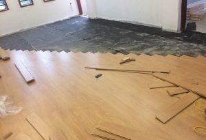 Sàn gỗ công nghiệp hà nội – Báo giá thợ lát sàn gỗ giá rẻ #sannhua.edu.vn