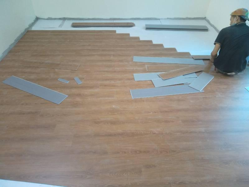 sàn nhựa giả gỗ 4mm, mẫu sàn nhựựa giả gỗ giá rẻ,