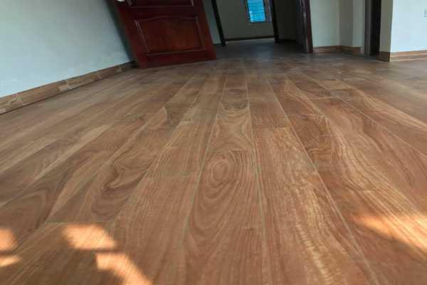 sàn nhựa aromma cao cấp, báo giá thi công sàn nhựa giả gỗ aroma,